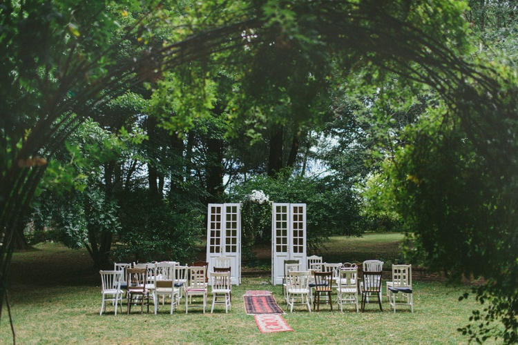 outdoor ceremony styling