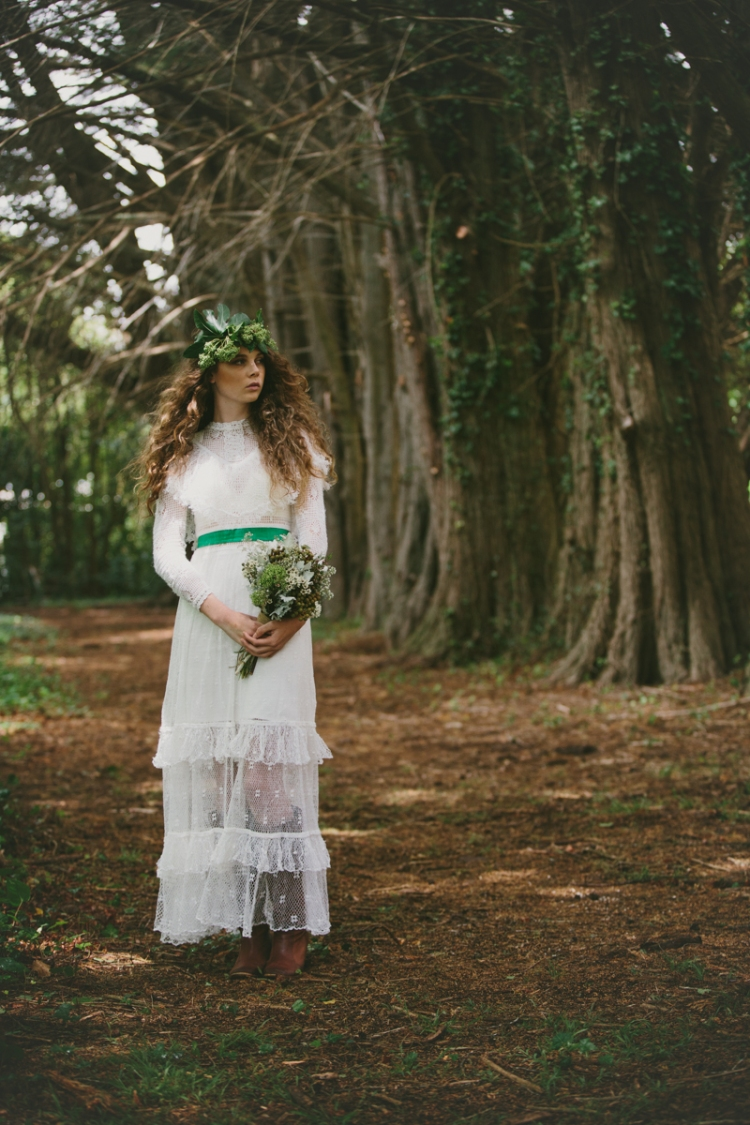 logan_cole_fashion_wedding_photography_au_brides_maids_white-7073